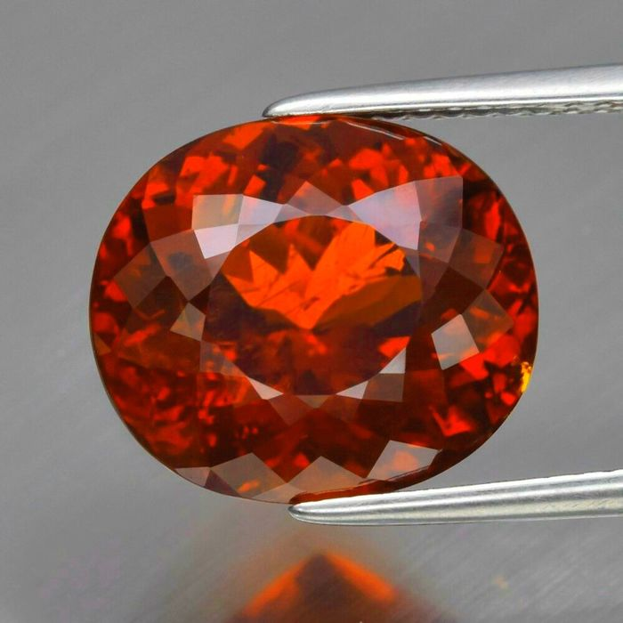1 pcs Orange, Red Garnet, Spessartite - 9.46 ct