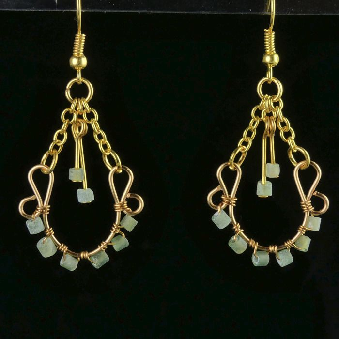 Ancient Roman Glass Earrings with green glass beads