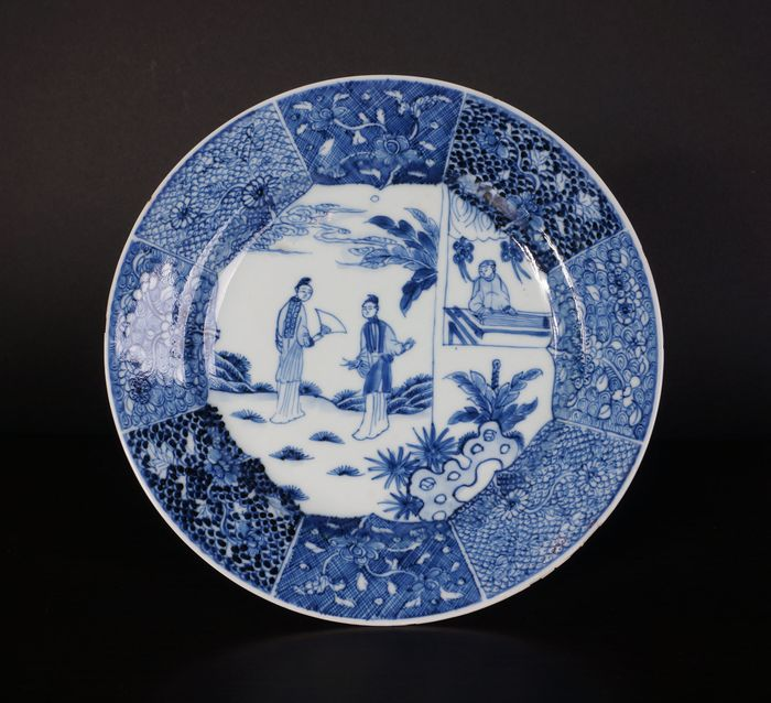 18th century blue and white porcelain plate with long lines in garden landscape (1) - Blue and white - Porcelain - China - 18th century