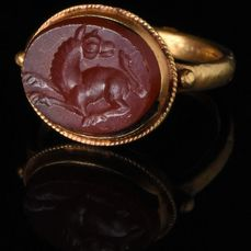 Ancient Sasanian Beast Intaglio in Gold Ring