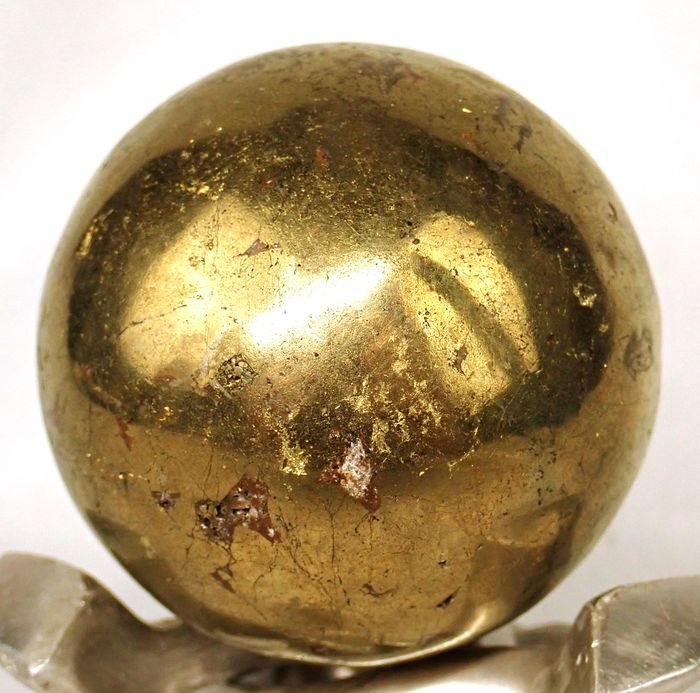 Rare First Quality Golden Chalcopyrite Sphere - 59.18×59.18×59.18 mm - 423.8 g