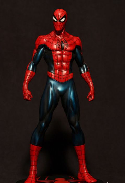 Spider-Man n°0790/1300 - Statuette numérotée Spider-man rare Bowen Designs - numbered special series (2012)