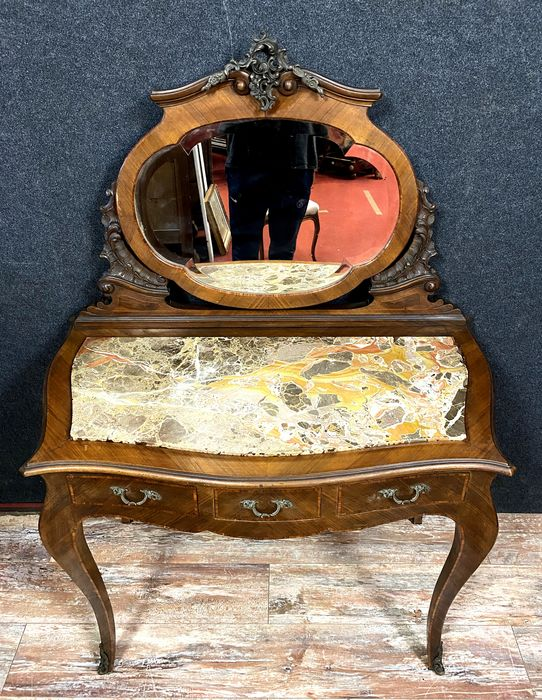 Curved Louis XV toilet in precious wood marquetry - Wood - Early 20th century