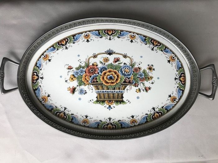 Beautiful tray of Delft handicraft. - Earthenware, Pewter/Tin