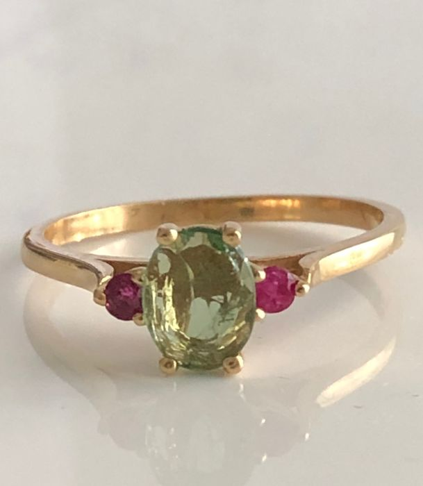 18 kt. Yellow gold - Ring - 0.38 ct Tourmaline - Rubys
