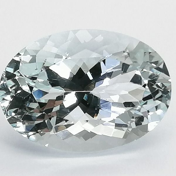 Aquamarin - 7.84 ct
