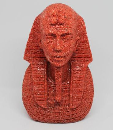 Sculpture depicting an Egyptian figure