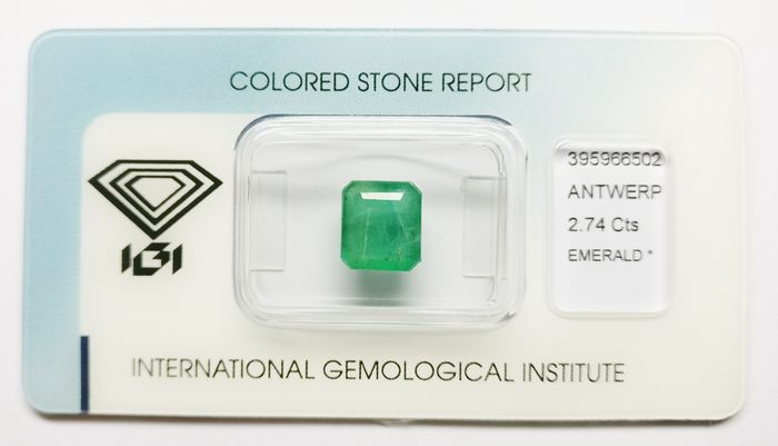 1 pcs Bluish Green Emerald - 2.74 ct