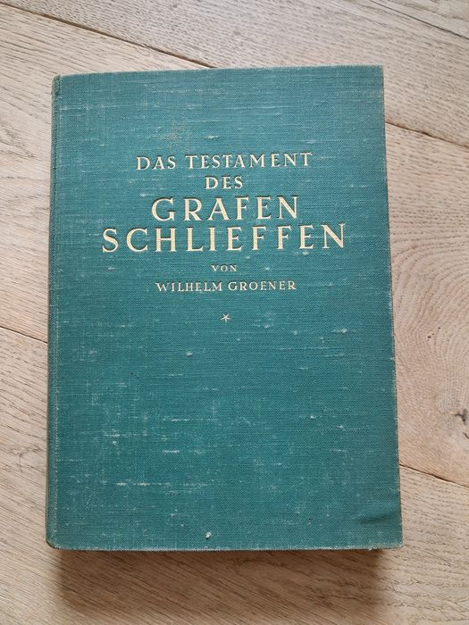 Germany - Book Count Schlieffen on WW1, with 22 cards!