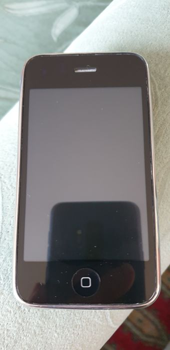 Apple Iphone 3 GS -  8GB - Smartphone - Without original box