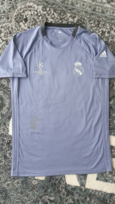Real Madrid - Champions Football League - Fede Valverde - Player Issue T-shirt