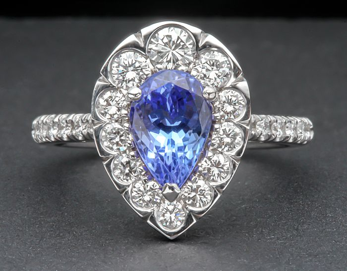 18 kt. White gold - Ring - 1.54 ct Tanzanite - Diamond