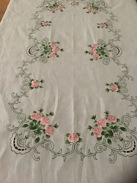 Large embroidered tablecloth with 8 napkins (7) - Art Nouveau - Cotton