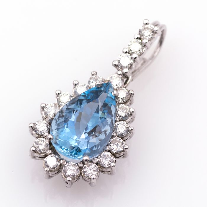 18 kt. White gold - Pendant - 7.00 ct Aquamarine - Diamonds
