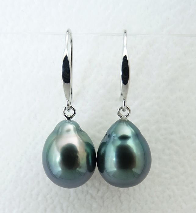No Reserve Price - Tahitian pearls, Dark Blue-Green Drop Shaped 9.5 X 12.1mm, 9.49 X 12.3mm - Earrings, 18 kt. White Gold