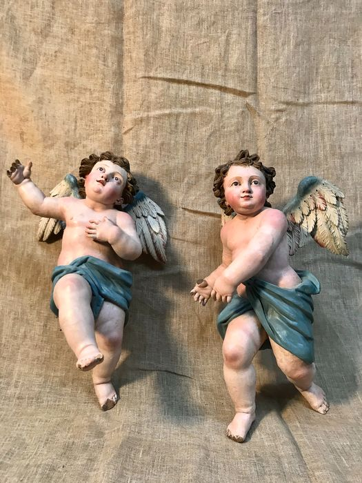 Sculpture, Winged cherubs (2) - Soft wood, Oil colors - 18th century