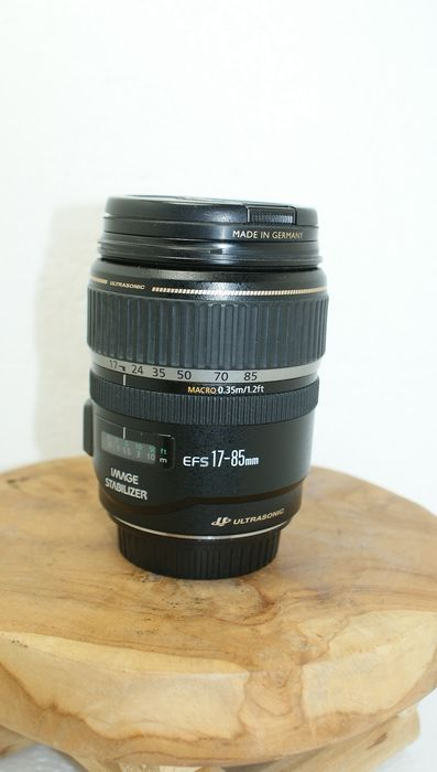 Canon EF-S 17--85  1:4 -5.6 IS USM