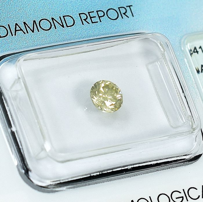 Diamond - 0.51 ct - Brilliant - Natural Fancy Light Brownish Yellow - Si2 - NO RESERVE PRICE