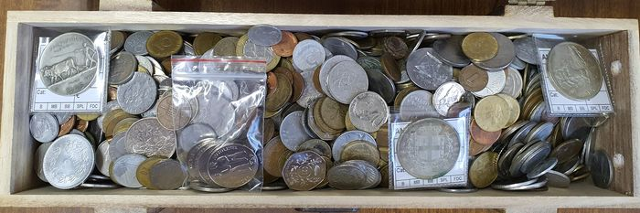 World - 5 kg of Coins