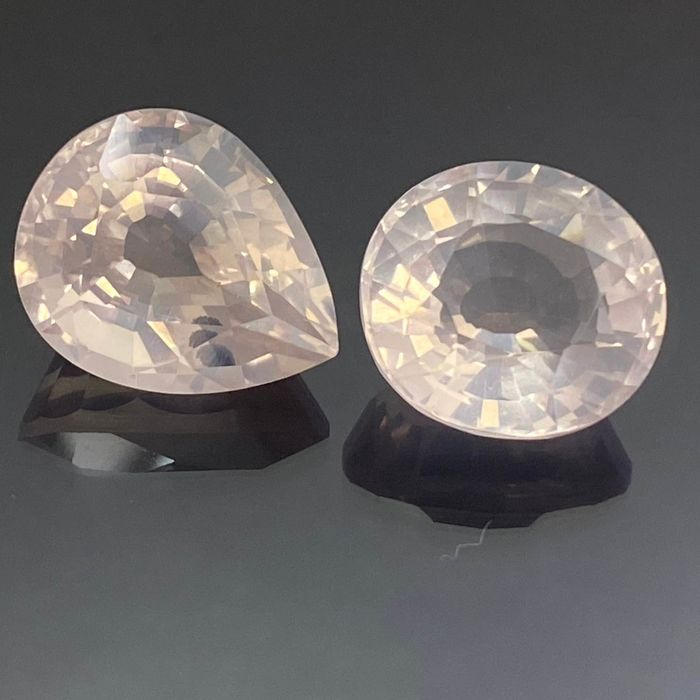 2 pcs  Quarzo rosa - 15.81 ct