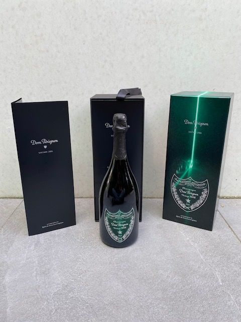2006 Dom Perignon, limited edition by Björk and Chris Cunningham - Champán Brut - 1 Botella (0,75 L)