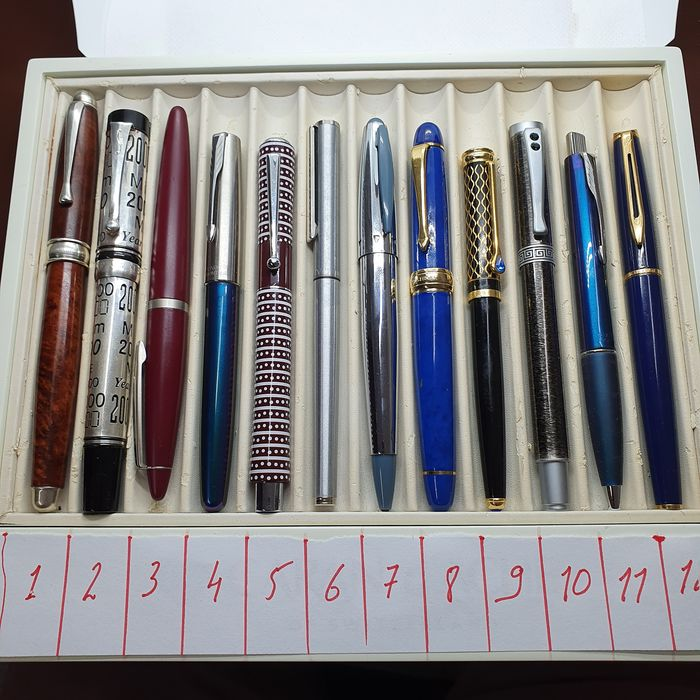 pens - Lot Of 12 Pens - 9 Fountain Pen 3 roller and ball point pen