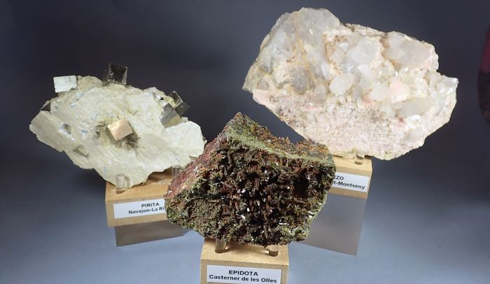 Epidote Mineral Collection - 1.328 g - (3)