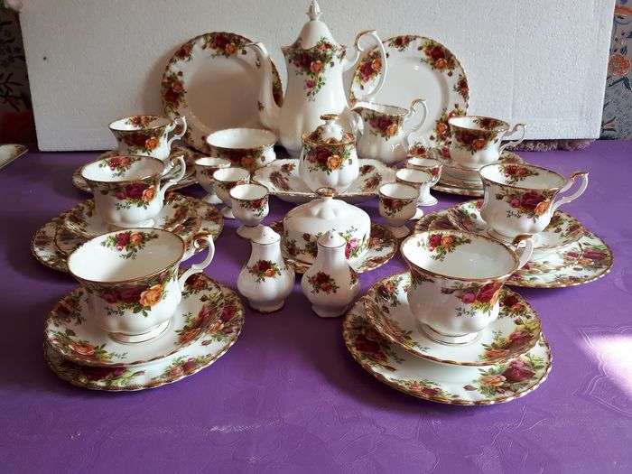 Old Country Rose - Royal Albert - Ontbijtservies (35) - Victoriaans - Porselein