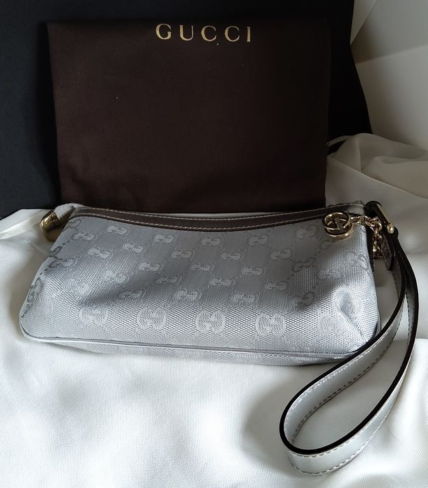 Gucci zilver GG Monogram Canvas Clutch bag