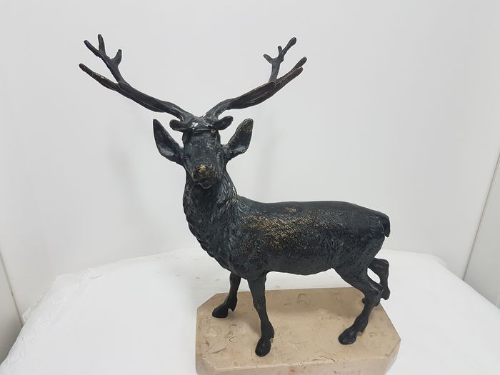 Sculpture, Reindeer (1) - Bronze (patinated) - Second half 20th century