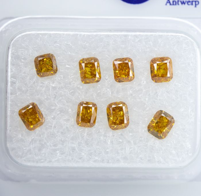 8 pcs Diamanten - 1.10 ct - Natural Fancy Vivid Yellowish Orange - VS-SI  *NO RESERVE*