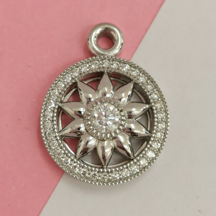 14 kt. White gold - Necklace with pendant - 0.90 ct Diamond - AIG no reserve