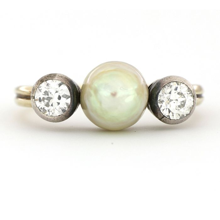 No Reserve Price - 18 kt. Silver, Yellow gold - Ring - 1.40 ct Diamond - Pearl, Salt water - size 8.2mm