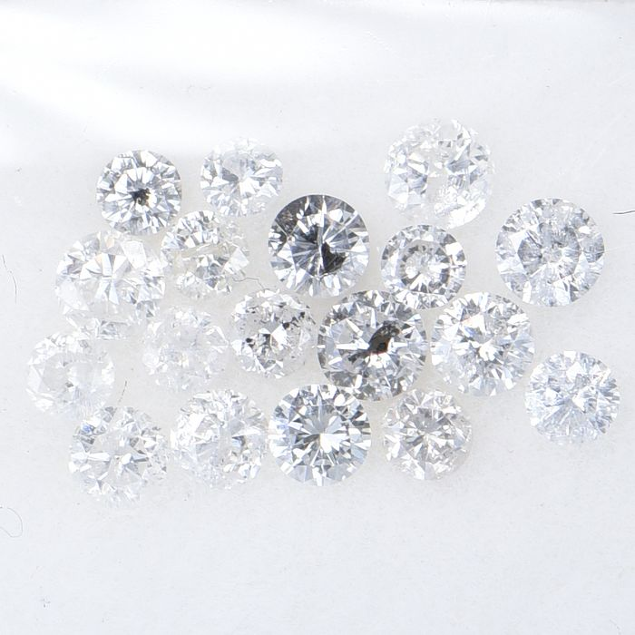 18 pcs Diamond - 0.74 ct - Brilliant, Round - Multiple Colors - I1 - I3  GWLAB certified    ** No Reserve Price **