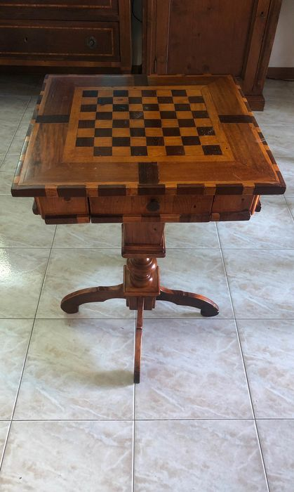 Games table (1)