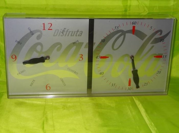 Coca Cola - Two dial oared watch (1) - Crystal