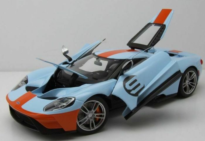 Maisto Special Edition - 1:18 - Ford  GT #9 Exclusive Series