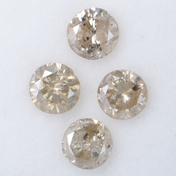 4 pcs Diamond - 0.81 ct - Round    Brilliant - Multiple - I1-I2     GWLAB certified    ** No Reserve Price **