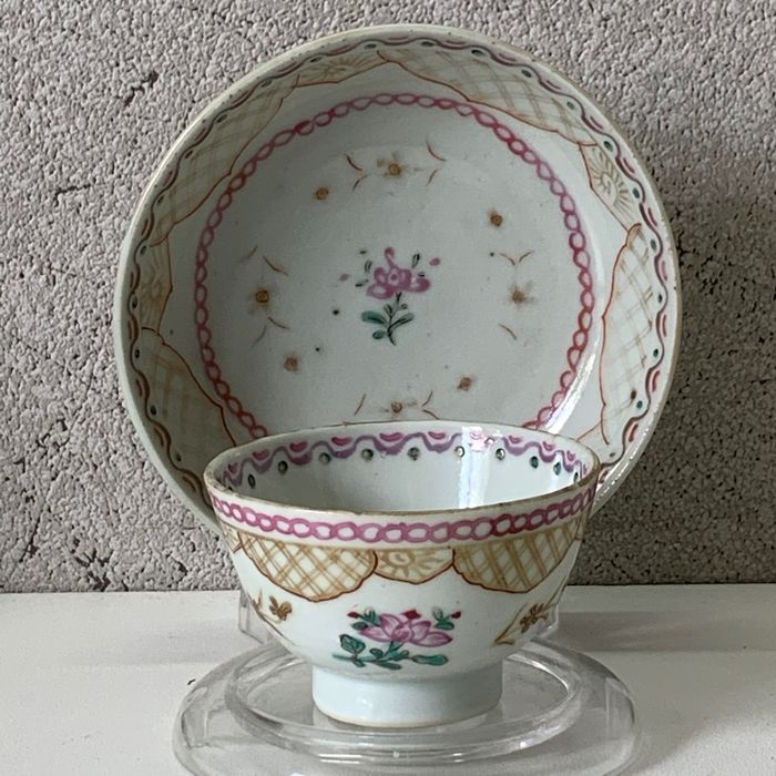 Antique Cup & Saucer - 18th Century - Porcelain - China - 18th century