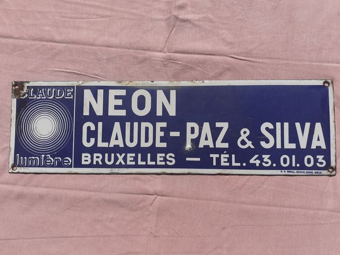 Email Koekelberg Bruxelles - Neon Claude-Paz & Silva - enamel advertising sign (1) - enamel - metal