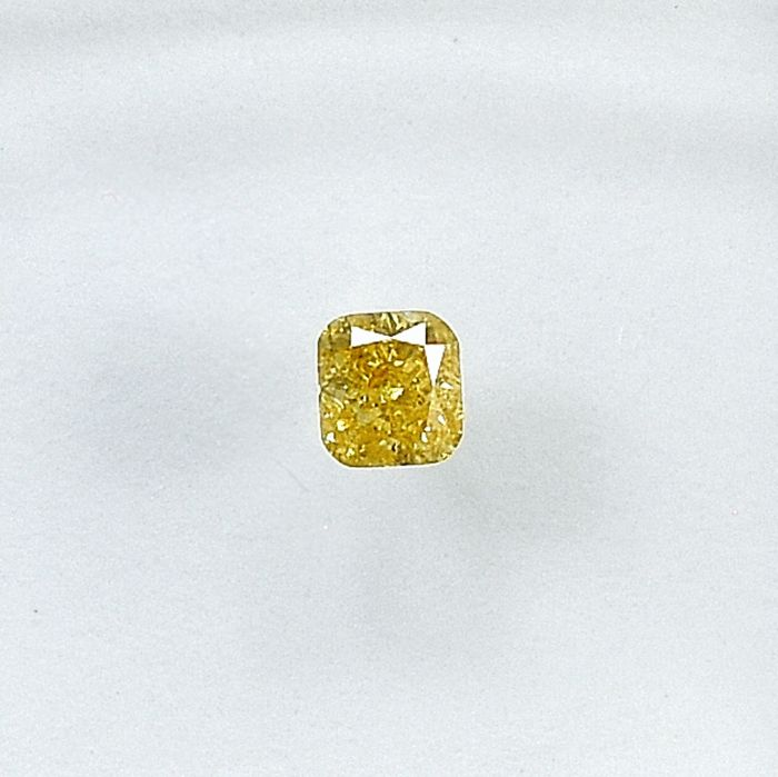 Diamond - 0.10 ct - Cushion - Natural Fancy Light Orangy Yellow - Si2 - NO RESERVE PRICE