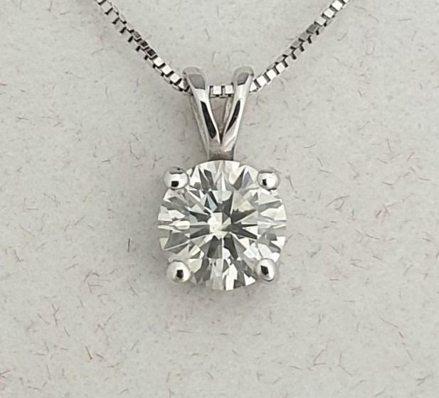 14 kt. White gold - Necklace with pendant - 0.72 ct Diamond - AIG Certified