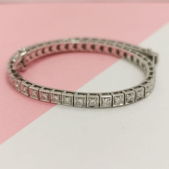 14 kt. White gold - Bracelet - 2.00 ct Diamond - AIG