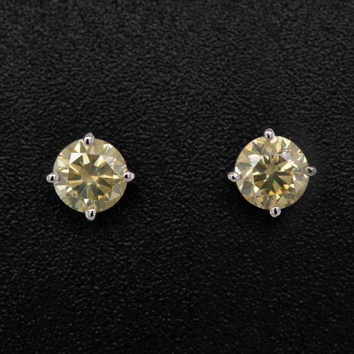 14 kt. White gold, 0.87g - Earrings - 0.71 ct Diamond - No Reserve Price