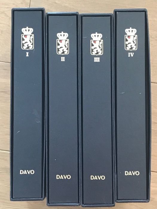 Belgium - Four Davo LX albums with sheets period 1920/2005 including blocks and booklets - OBP / COB