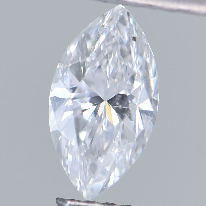 1 pcs Diamond - 0.70 ct - Marquise Brilliant - D (colourless) - SI1     GIA Certified