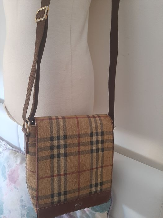 Burberry Messenger bag