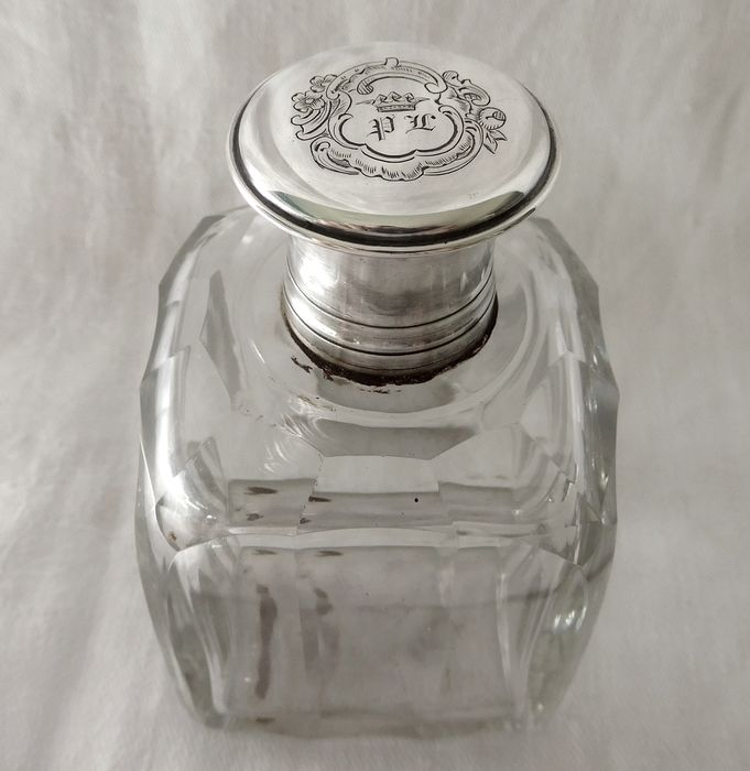 Baccarat - Alcohol flask for hunting DUC crown solid silver stopper circa 1850 - Crystal, Silver