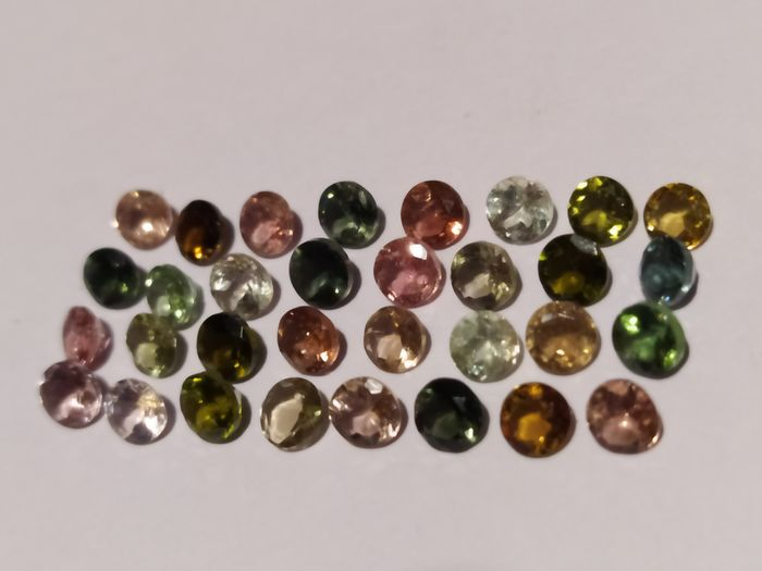 32 pcs  Turmalin - 8.24 ct