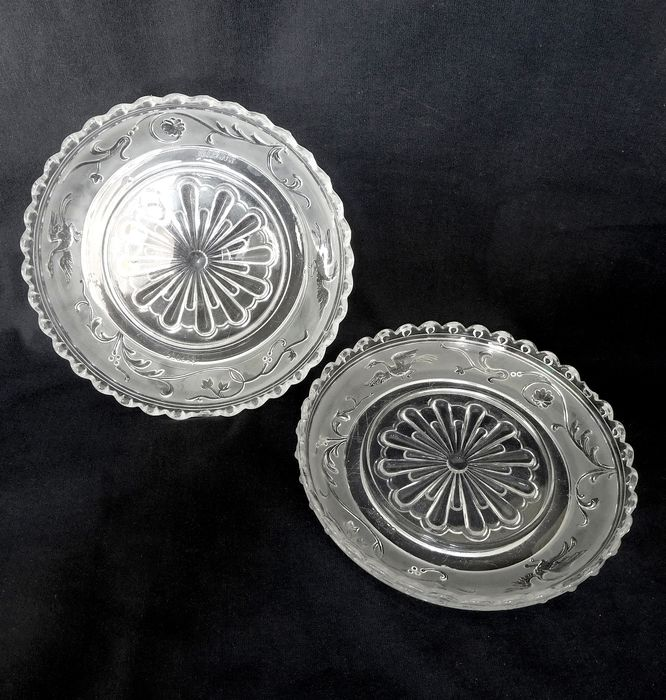 Baccarat - pair of decanter coaster - renaissance model signed - Crystal